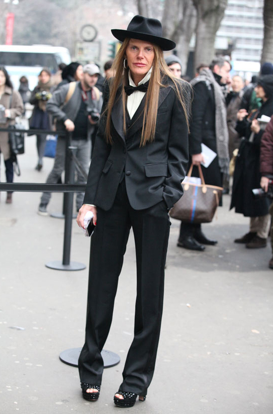 la-modella-mafia-anna-dello-russo-spring-2013-street-style-in-saint-laurent-anna-in-saint-laurent-fashion-week-homme-automne-hiver-2013-2014-de-milan-via-vogue-fr_